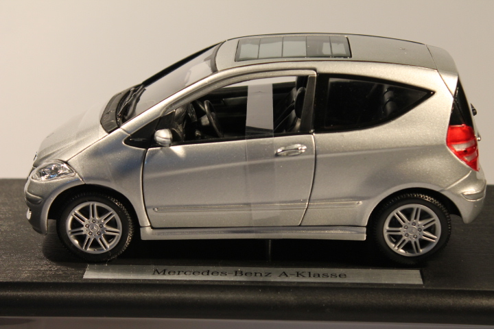 *1/18 Mercedes Benz A 2-door silver
