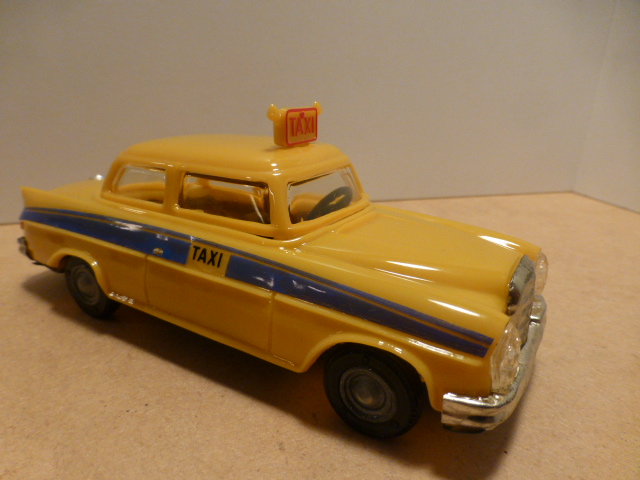 *Pepe 1025 Taxi Mercedes C/Friccao yellow 15 cm
