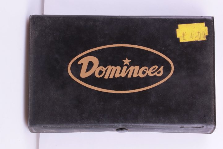 "*Vintage Domino. 14,5 x 9 cm. Box. Perfect for your ""Nostalgic Room/Store"""