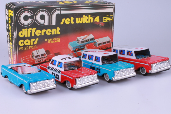 *12 cm MF946 Different Cars 4-pack