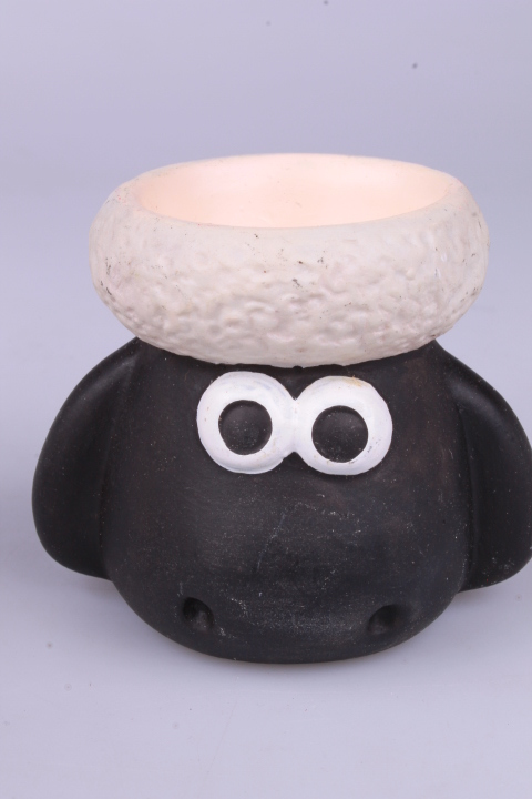 *Wallace & Gromit Wallace Egg Cup Shaun