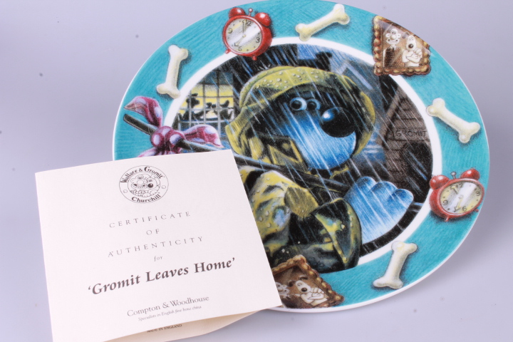 *Wallace & Gromit Plate - Gromit leaves home